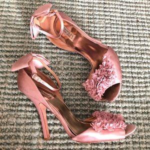 Badgley Mischka Lelah pink satin petal bow heels